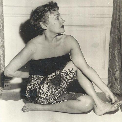Gloria yoga 1954